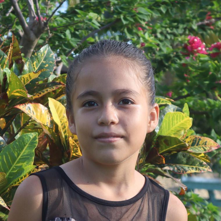 Carmen Arlin Lima Bold Hope